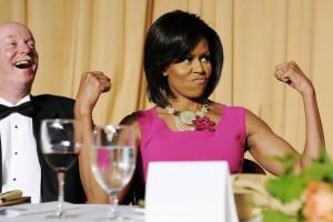 Musique: Michelle Obama se met au Hip Hop michelle-obama-2009-reagissant-blague-300x200